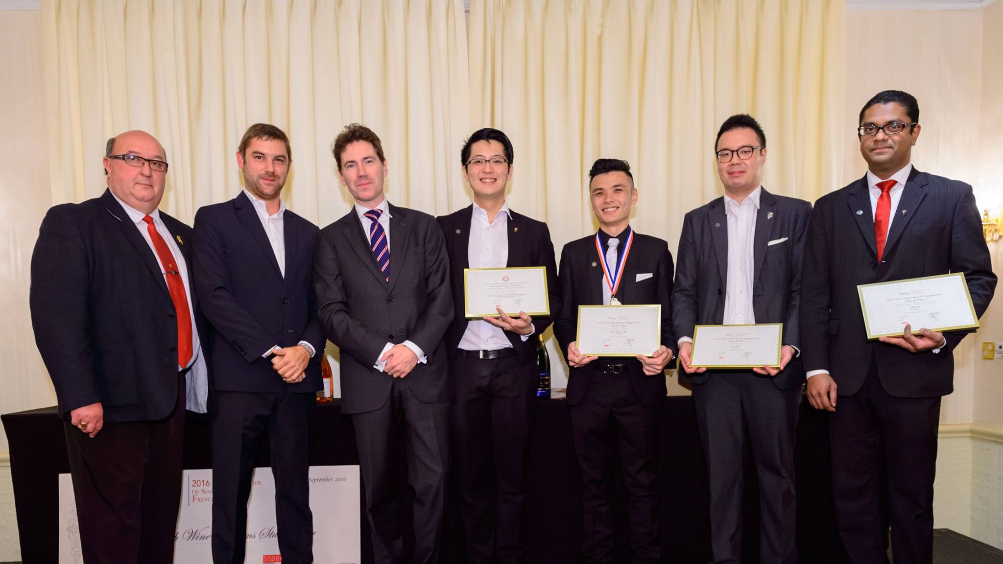 Singapore best sommelier in french wine 2016 competition for Chambre de commerce francaise singapour