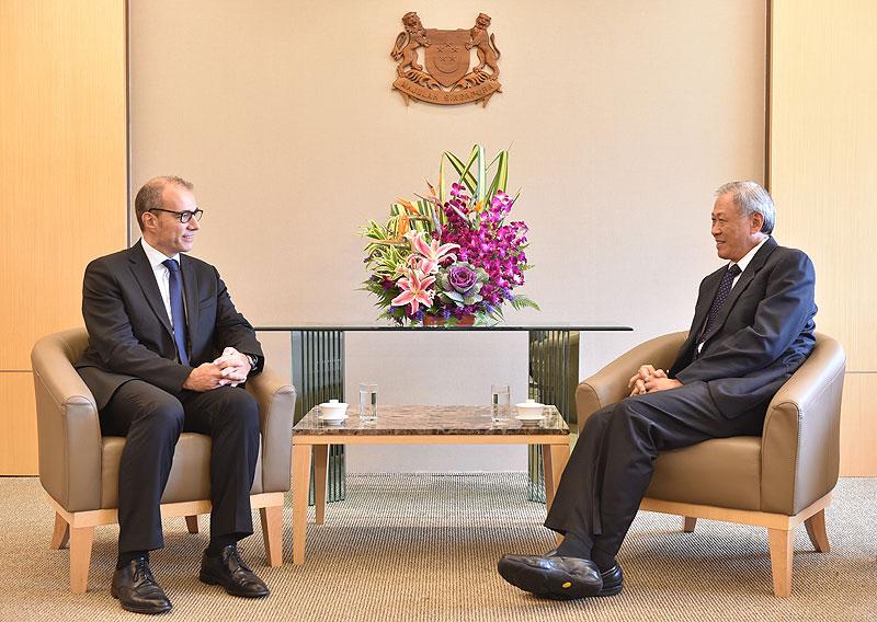 La france et singapour renforcent leurs relations de for Chambre de commerce francaise singapour
