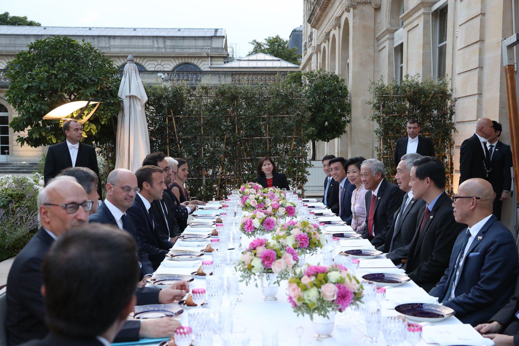 rencontres premier ministre ng Singapour datation Bandra
