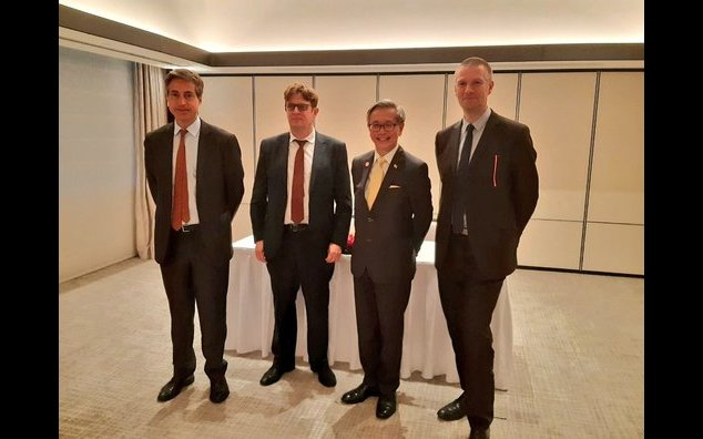 The French Ambassador for Digital Affairs, Henri Verdier and the Director General of the French Cybersecurity Agency (ANSSI), Guillaume Poupard with David Koh, CSA, and the French Ambassador