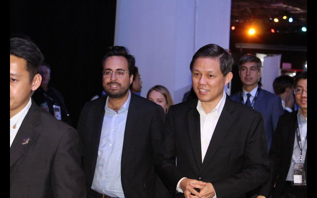 Minister of State for the Digital Sector Mounir Mahjoubi and Minister for Trade and Industry Chan Chun Sing at SWITCH